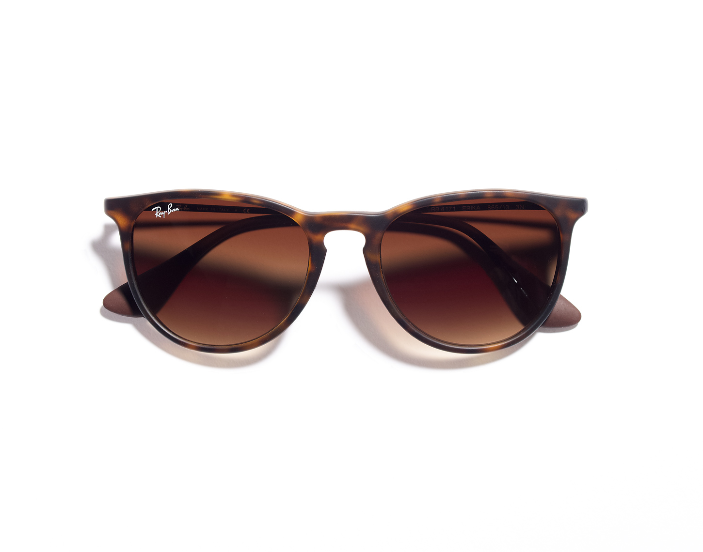 RESORT_DEC-WN_RAYBANS
